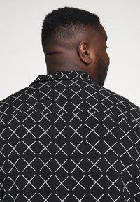 Jack & Jones - JCOGRAHAM PLAIN - Košile - black - 3