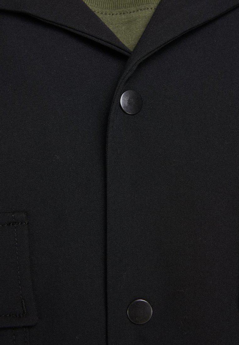 Jack & Jones KURZARMHEMD WORKWEAR-INSPIRIERTES - Koszula - black