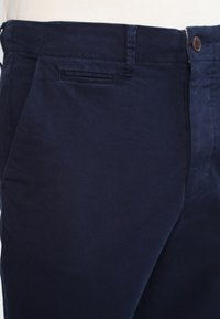 Jack & Jones - JJIMARCO JJENZO - Pantaloni - navy blazer - 3