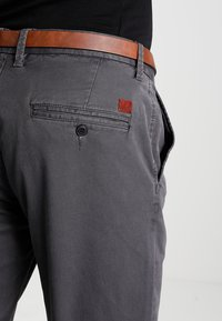 Jack & Jones - JJICODY JJSPENCER - Trousers - dark grey - 4