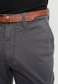 Jack & Jones - JJICODY JJSPENCER - Trousers - dark grey - 3