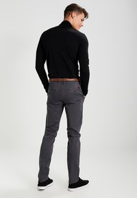 Jack & Jones - JJICODY JJSPENCER - Trousers - dark grey - 2