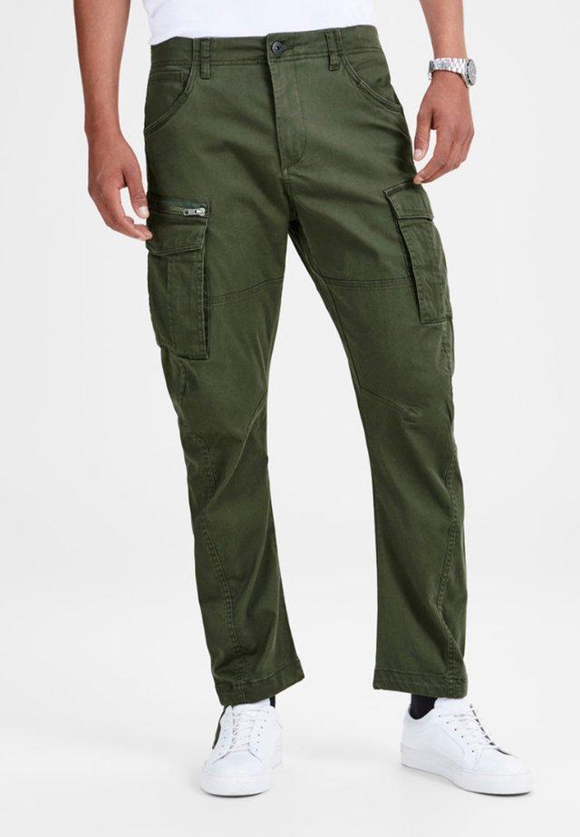 DRAKE CHOP AKM  - Pantalones cargo - forest night