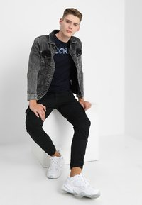 Jack & Jones - JJIPAUL JJFLAKE - Cargobroek - black - 1