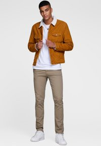 Jack & Jones - Chinosy - beige - 1