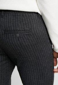 Jack & Jones - JJIMARCO JJCHARLES  - Pantalon classique - dark grey - 5