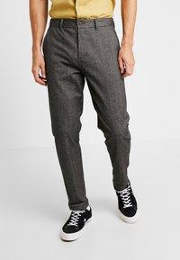 Jack & Jones - JJIACECHARLES HERRINGBONE - Pantalon classique - grey melange - 0