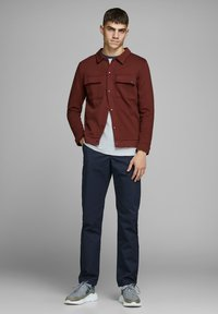 Jack & Jones - Chinot - navy blazer - 1