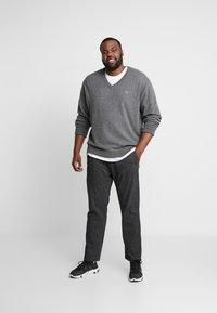 Jack & Jones - JJIMARCO JJCHARLES  - Spodnie materiałowe - dark grey - 1