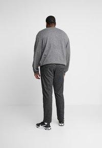 Jack & Jones - JJIMARCO JJCHARLES  - Spodnie materiałowe - dark grey - 2