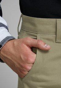 Royal Denim Division by Jack & Jones - MIKE  - Straight leg jeans - brown - 3