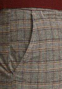 Jack & Jones - Pantalones chinos - brown stone - 3