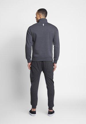 JJITONY JJDANTE PANT - Spodnie treningowe - dark grey melange