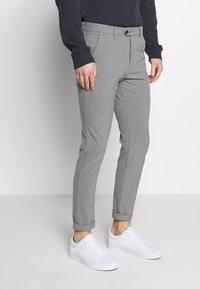 Jack & Jones - JJIMARCO JJCONNOR  - Pantalon classique - grey melange - 0