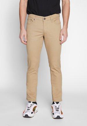 JJIGLENN PANT  - Pantalones - kelp