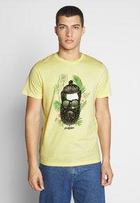 Jack & Jones - JORRICKY TEE CREW NECK - T-shirt print - flan - 0