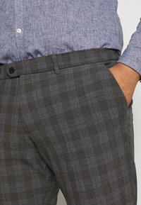 Jack & Jones - JJIMARCO JJCONNOR CHECK - Trousers - grey - 3