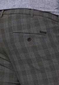 Jack & Jones - JJIMARCO JJCONNOR CHECK - Trousers - grey - 5
