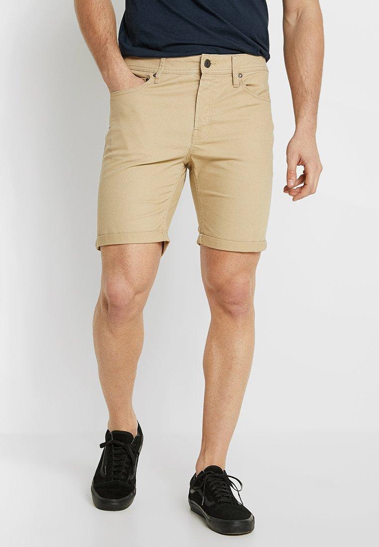 Jack & Jones - JJIRICK - Denim shorts - white pepper