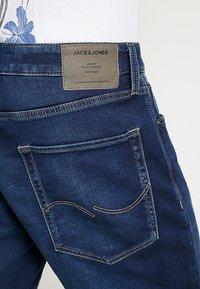 Jack & Jones - JJIRICK JJICON  - Shorts di jeans - blue denim - 5