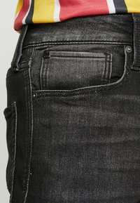 Jack & Jones - JJIRICK JJICON - Jeansshort - black denim - 3
