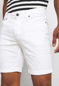Jack & Jones - JJIRICK ORIGINAL - Shorts - white - 3