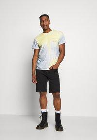 Jack & Jones - JJIRICK ORIGINAL - Shorts - black - 1