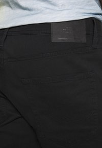 Jack & Jones - JJIRICK ORIGINAL - Kraťasy - black