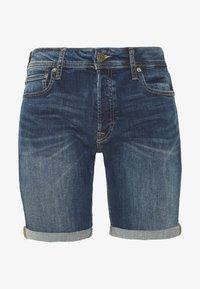 Jack & Jones - JJIRICK JJORIGINAL SHORTS  - Denim shorts - blue denim - 0