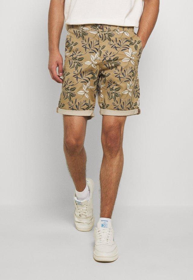 JJIBOWIE  - Shorts - white/pepper