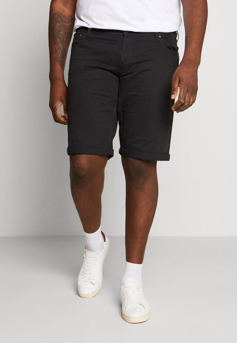 Jack & Jones - JJIRICK ORG SHORT AKM 799 PS - Denim shorts - black