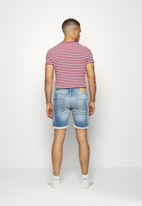 Jack & Jones - JJIRICK JJICON - Shorts vaqueros - blue denim - 2
