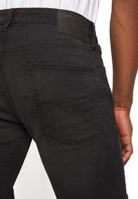 Jack & Jones - JJIRICK JJICON SHORTS  - Szorty jeansowe - black denim - 5