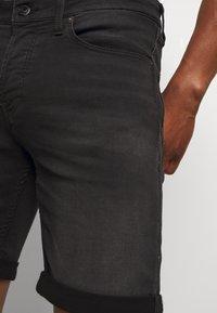 Jack & Jones - JJIRICK JJICON SHORTS  - Szorty jeansowe - black denim - 3