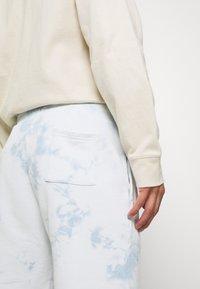Jack & Jones - JJIMENACE  - Teplákové kalhoty - ashley blue - 3