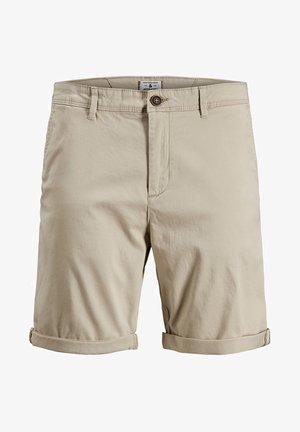 CHINOSHORTS KLASSISCHE - Shorts - white pepper