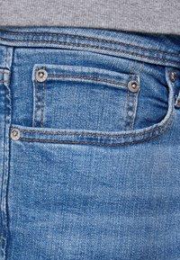 Jack & Jones - TIM ORIGINAL  - Slim fit jeans - blue denim - 3