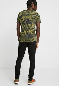 Jack & Jones - JJIGLENN JJORIGINAL - Džíny Slim Fit - black denim - 2