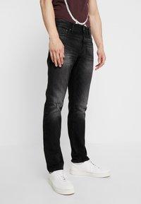 Jack & Jones - JJIGLENN JJORIGINAL  - Jeans slim fit - black denim - 0