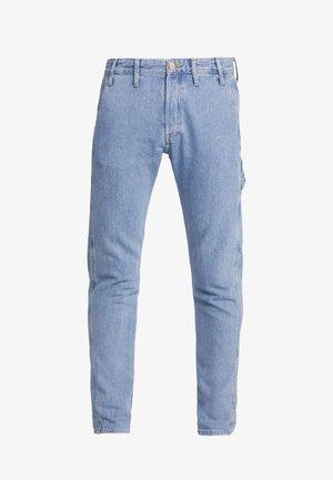 JJIFRED JJTOOL - Jeans Tapered Fit - blue denim