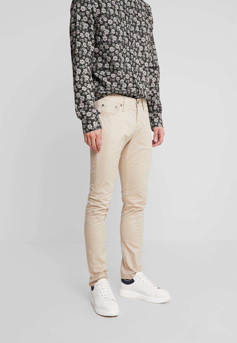 Jack & Jones - JJIGLENN JJORIGINAL - Trousers - beige