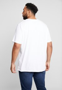 Jack & Jones - BASIC NECK NOOS - T-paita - white - 2