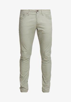 JJIGLENN JJORIGINAL NIGHT - Jeans slim fit - olive night