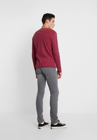 Jack & Jones - JJIGLENN JJORIGINAL - Slim fit jeans - dark-blue denim - 2