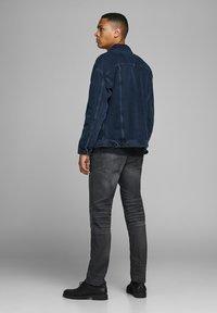 Jack & Jones - SLIM FIT - Jeans slim fit - blue denim - 2