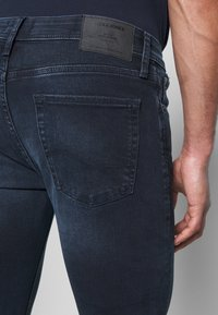 Jack & Jones - JJILIAM JJORIGINAL  - Slim fit jeans - blue denim - 5