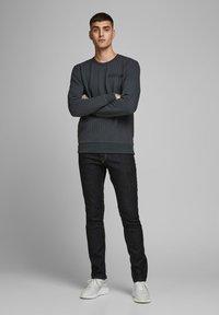 Jack & Jones - SLIM FIT JEANS  - Jeans slim fit - blue - 1
