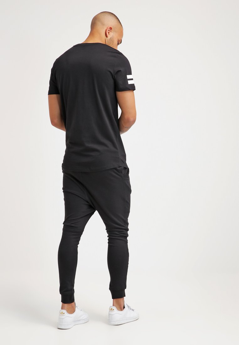 Jack & Jones JCOBORO CREW NECK SLIM FIT- Camiseta estampada - black black
