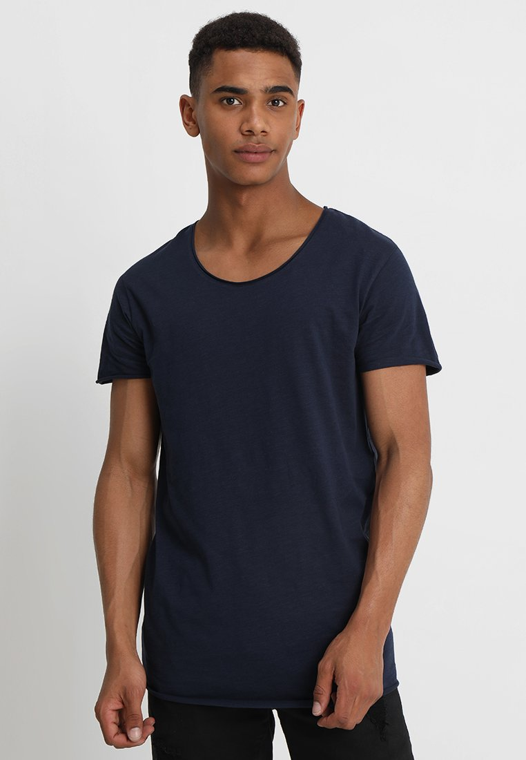 Jack & Jones - JJEBAS TEE NECK ESSENTIALS REGULAR FIT - T-Shirt basic - navy blazer