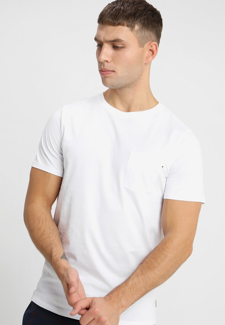 Jack & Jones - JJEPOCKET TEE O-NECK ESSENTIALS - T-Shirt basic - white